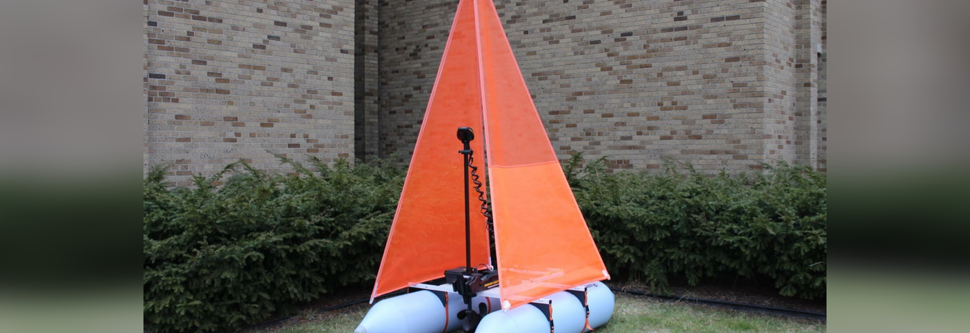 The MarkSetBot aims to provide the Premiere Sailing League USA with an easy and quickly adjustable solution to course management.