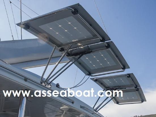 Installation of SP panels on a Lagoon 500 by Asseaboat