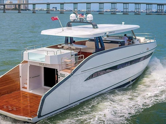 See the Astondoa 65 at the Fort Lauderdale International Boat Show
