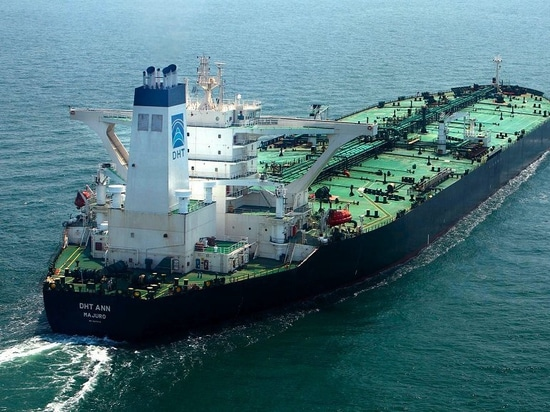 DHT finishes fixes to newbuild VLCC rudders