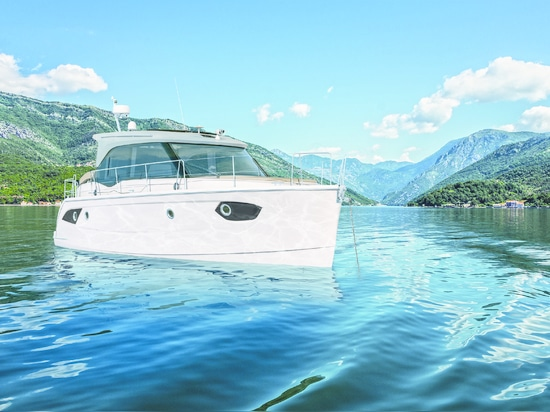 THE NEW BAVARIA E34 ARRIVES THIS SUMMER