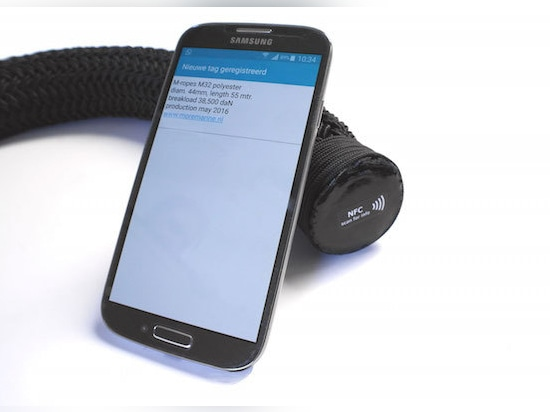 NFC technology for mooring lines