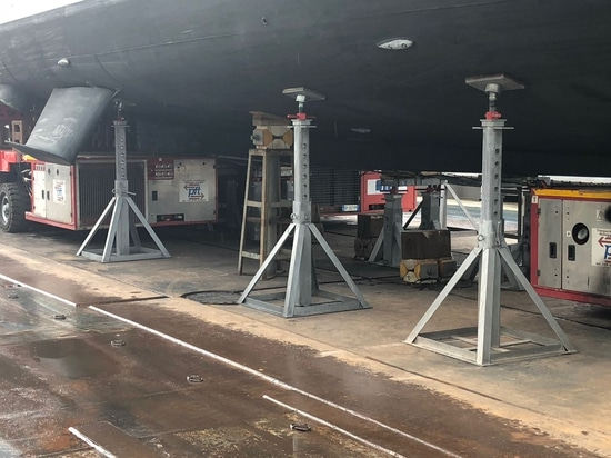 New supply of adjustable heels for keel and vertical stands at Nuovi Cantieri Apuania - Admiral Tecnomar Group