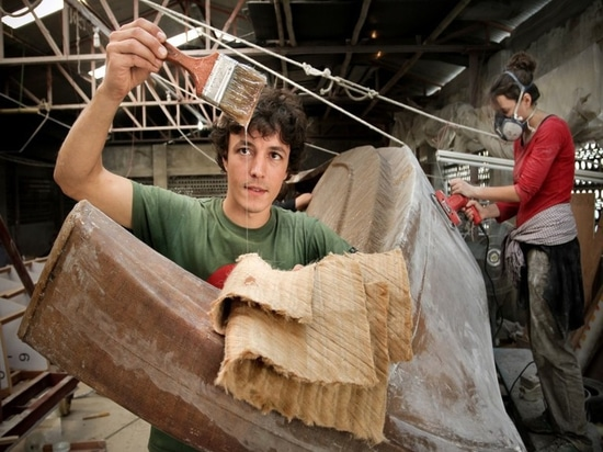 For Tara Tari, Corentin replaced 40% of the fiberglass with jute fiber and added the resin (Courtesy of Gold of Bengal)