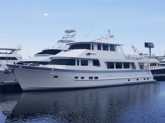 Outer Reef delivers 860 Deluxebridge yacht Ruff Seas