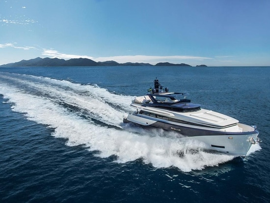 The first MCP THD 925 has a top speed of 27 knots