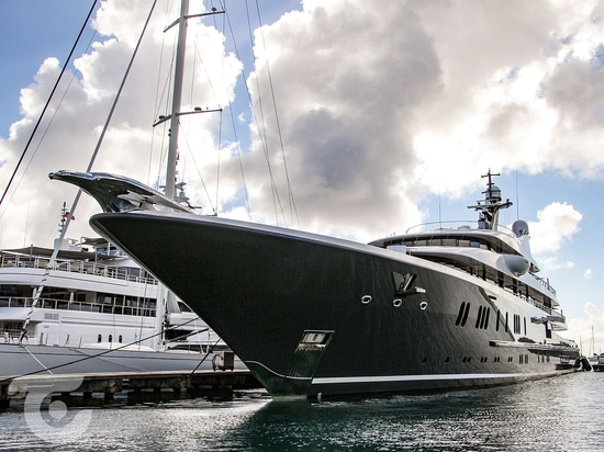 Phoenix 2 yacht in Antigua