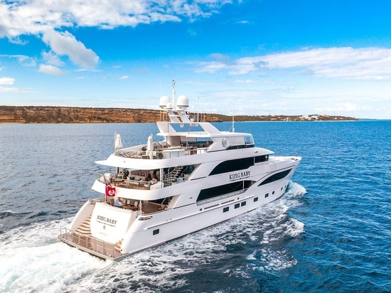 Motor yacht King Baby in Anguilla