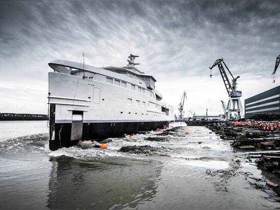 Damen launches 'La Datcha' SeaXplorer 77