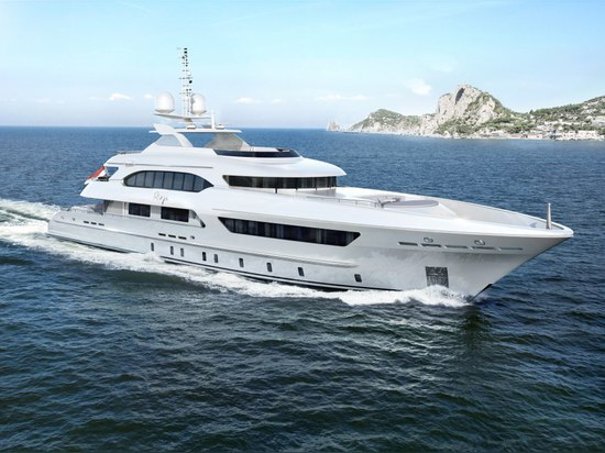 Heesen 47m superyacht project Ruya ready for outfitting