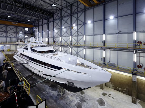 Heesen launches 45 metre superyacht Amore Mio