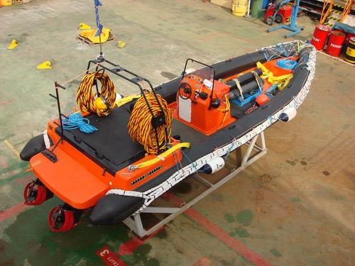 作業船 / 実用ボート / 潜水サポート船 / サービス船