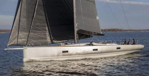 クルージング競技帆船 / オープントランサム / バウスプリット / ツインステアリングホイール