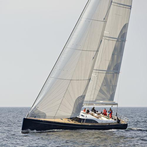 クルージング競技帆船 / レガッタ / オープントランサム / キャビン3つ