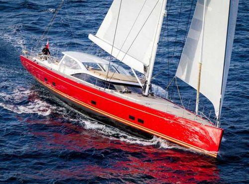 クルージング豪華帆船 / ブリッジサロン / カーボン製 / キャビン5つ