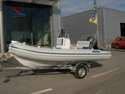 船外インフレータブルボート / 半硬式 / サイド コンソール / 釣り用