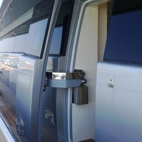 ヨット用ドア / パンタグラフ式 / 風雨密 / 自動