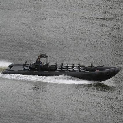 軍船 / 船内 / 複合艇