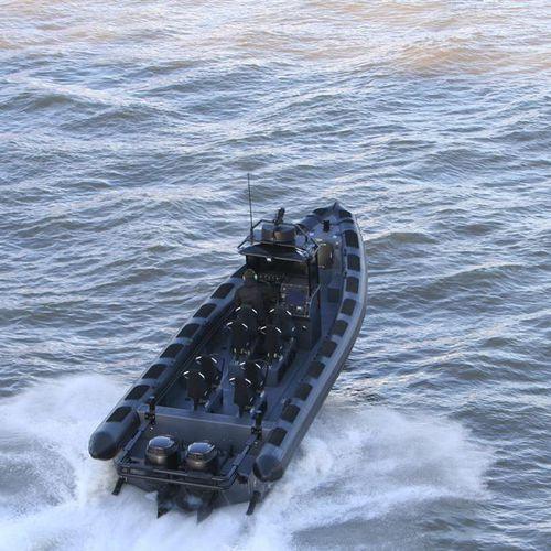 軍船 / 船外 / 複合艇