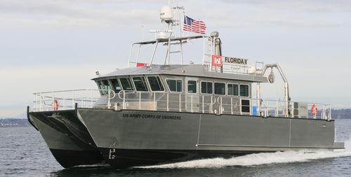 海洋観測船 / カタマラン / 船内 / アルミ製