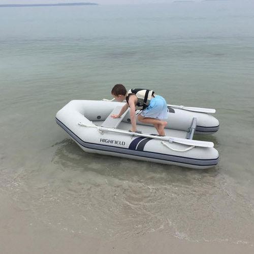 船外インフレータブルボート / 折り畳み式 / ヨット用付属品 / 3人