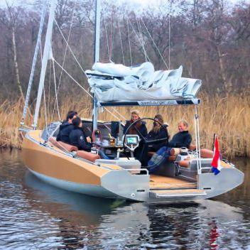 monocasco / day-sailer / de popa aberta / em alumínio