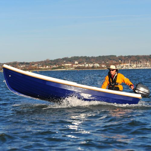 bote com motor de popa / de pesca esportiva