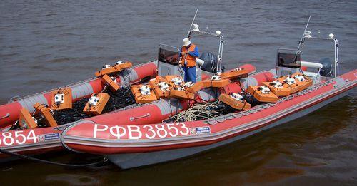 barco de busca e salvamento / com motor de popa / barco inflável semirrígido
