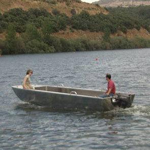 barco para pesquisa oceanográfica / com motor de popa / em alumínio