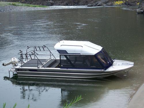 barco de pesca-passeio hidrojato / com casa do leme / em alumínio