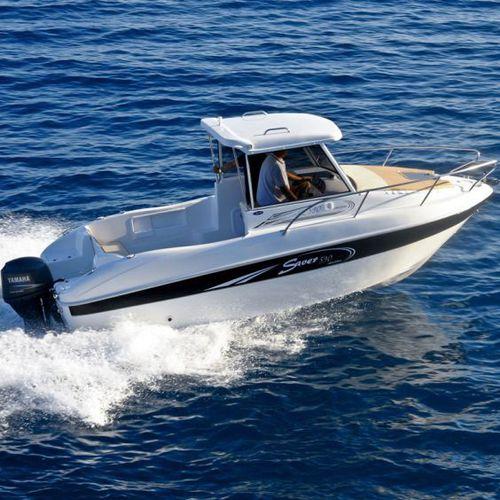 barco de pesca-passeio com motor de popa / com hard-top / máx. 6 pessoas / com cabine