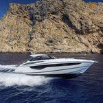 lancha Express Cruiser com motor de centro / bimotor / soft-top / esportiva