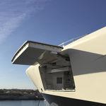 porta basculante lateral para navio / para iate
