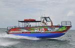 barco de passeio catamarã