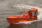 barco salva-vidas com motor de centro hidrojato