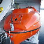 bote salva-vidas fechado / para navio