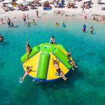 brinquedo aquático escorregador / inflável