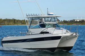 catamaran-cabin-cruiser