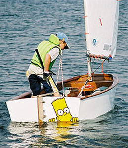 optimist-sailing-dinghy