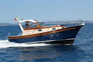 classic-cabin-cruiser