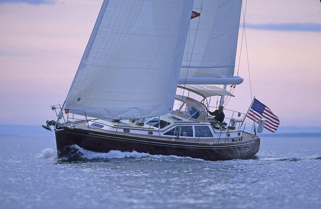 Ocean cruising sailing yacht / center cockpit / fiberglass
