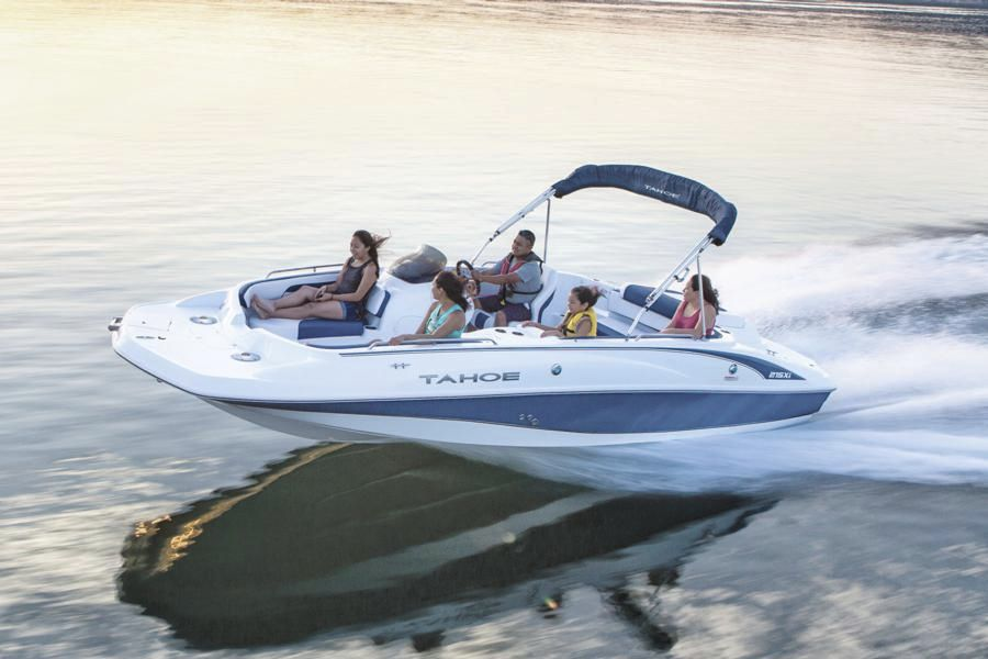 Inboard Deck Boat Wakeboard Ski 12 Person Max 215 Xi