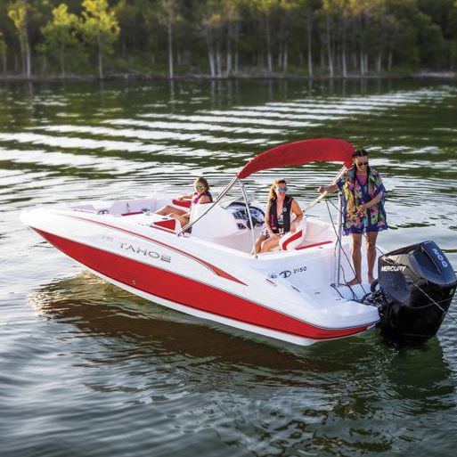 Outboard deck boat / wakeboard / ski / 11-person max  2150 Tahoe