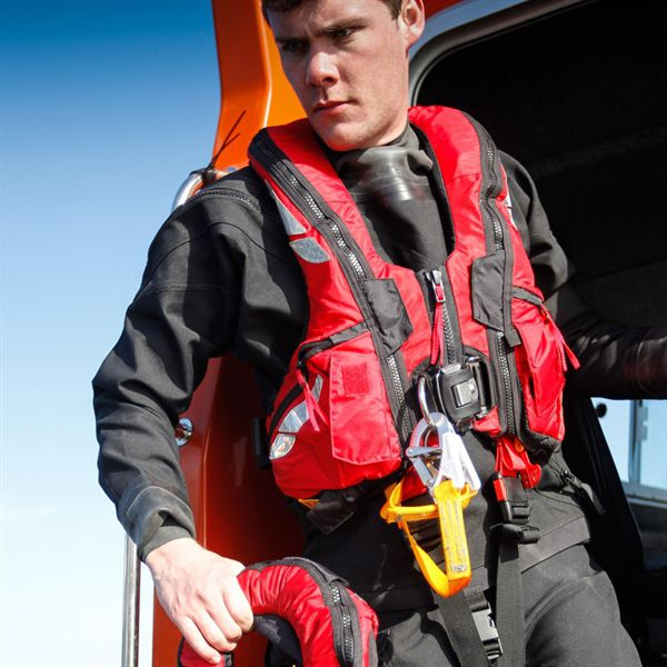 Self-inflating life jacket - Offshore - Crewsaver - 290 N / with safety  harnessNauticExpo