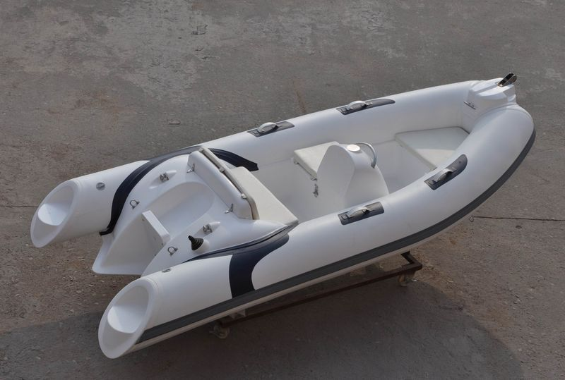 Outboard inflatable boat / rigid / side console - LY380