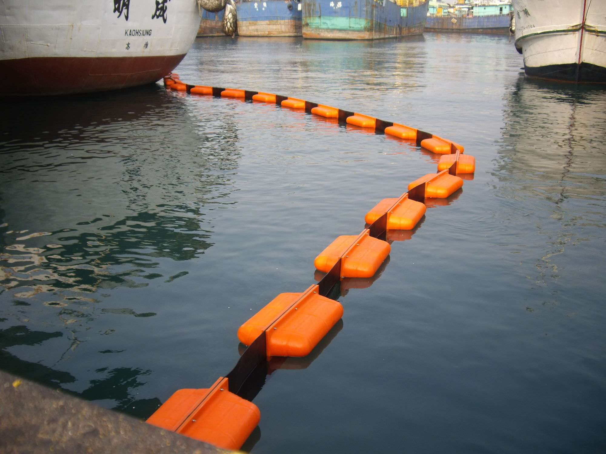 Pollution control boom - EMPTEEZY - permanent / floating / for harbors