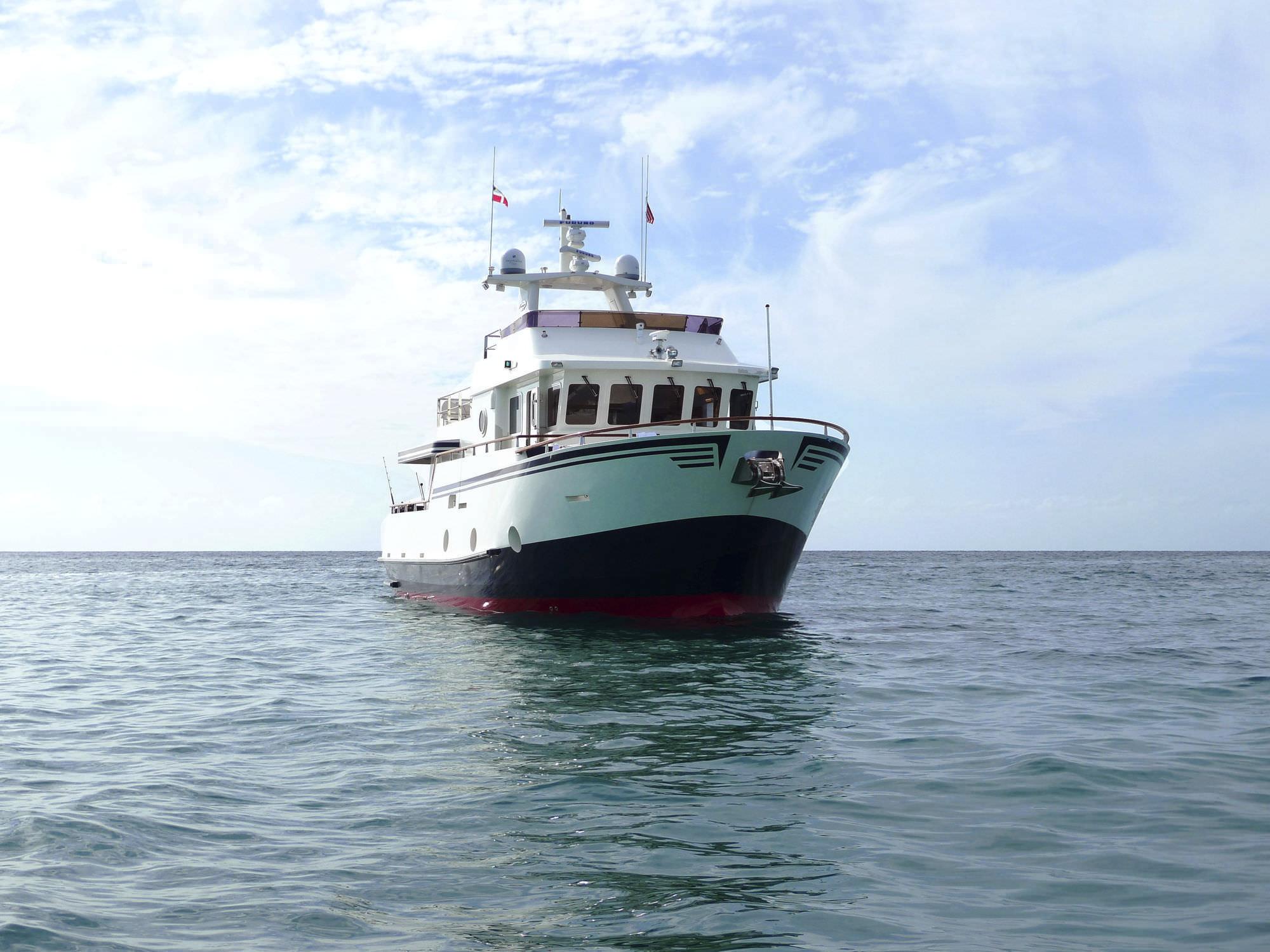 Cruising motor yacht / trawler / flybridge / steel - B 55 - Bering