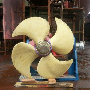 ship propeller / controllable pitch / shaft drive / 4-blade