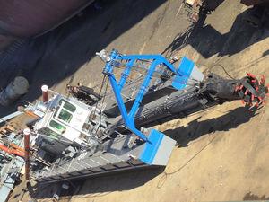 cutter-suction dredge special vessel / catamaran
