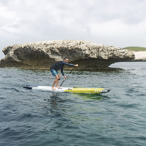 race stand-up paddle-board